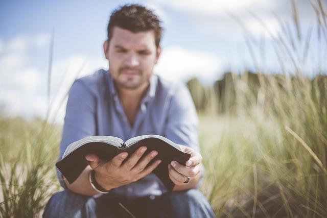 למה ספרים יותר טובים מסרטים?