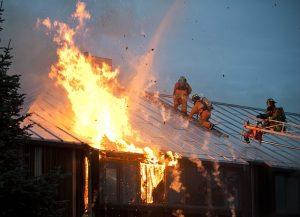 שיקום נזקי שריפות: אל תתמודדו עם זה לבד
