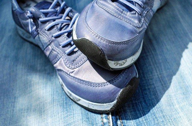 מותג נעלי ספורט