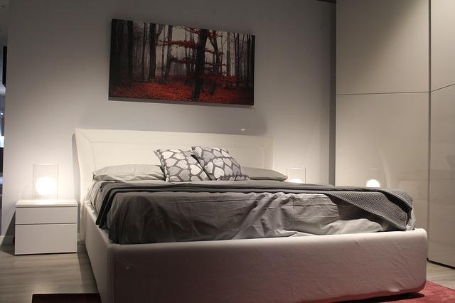איך בוחרים בסיס למיטה זוגית?
